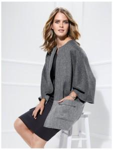 Une cape, un manteau un peu spécial
